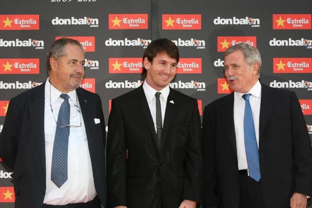 Messi recibe la Bota de Oro en Barcelona