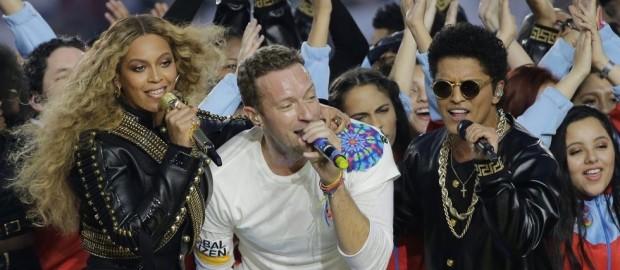 Coldplay, Beyonce y Bruno Mars encienden el medio tiempo del Super Bowl 50