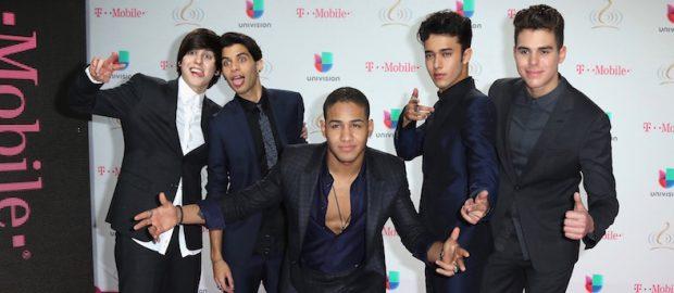 La alfombra magenta de Premios Lo Nuestro 2017