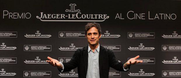 """Jaeger-LeCoultre otorga a Gael García Bernal el Premio """"Jaeger-LeCoultre al Cine Latino"""" en el Festival de San Sebastián"""